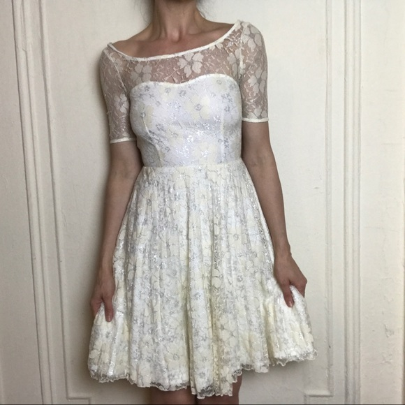 Betsey Johnson Ivory Lace Dress Size 2
